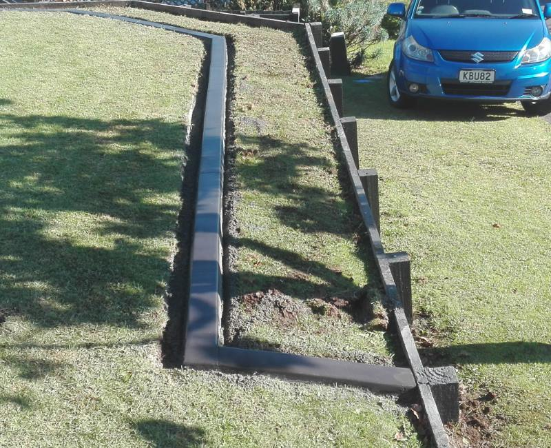 garden edging pavers nz. looking to give your bay of plenty garden a makeover? choose quality edging and paving stones from kiwi kerb pavers nz